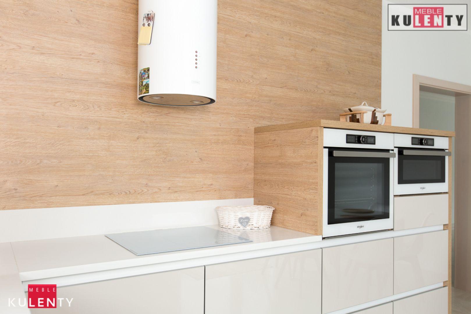 Biała indukcja w kuchni G5YM