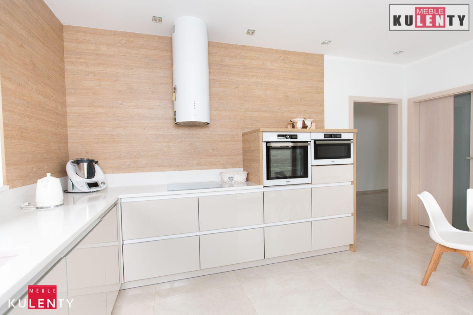 Biały blat w kuchni CJYQ