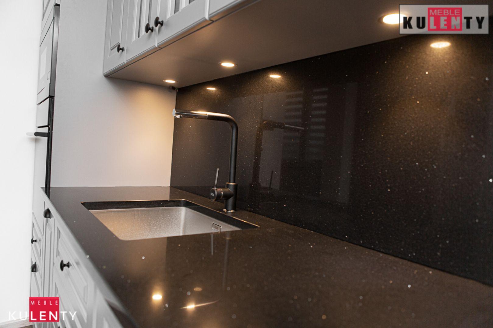 Granit w kuchni pQml