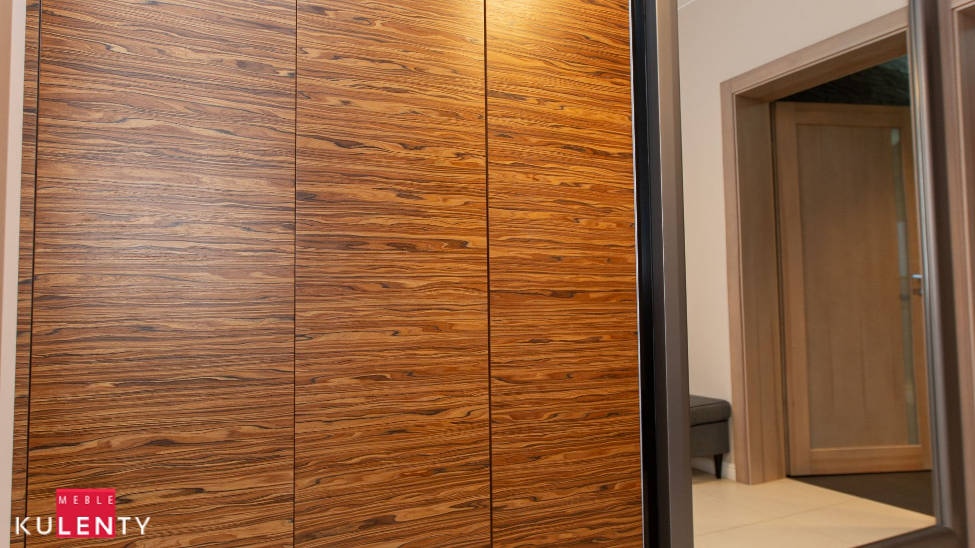 Drewniana szafa na zamowienie warszawa Wn4H